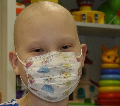 Северчан просят помочь онкобольному ребенку